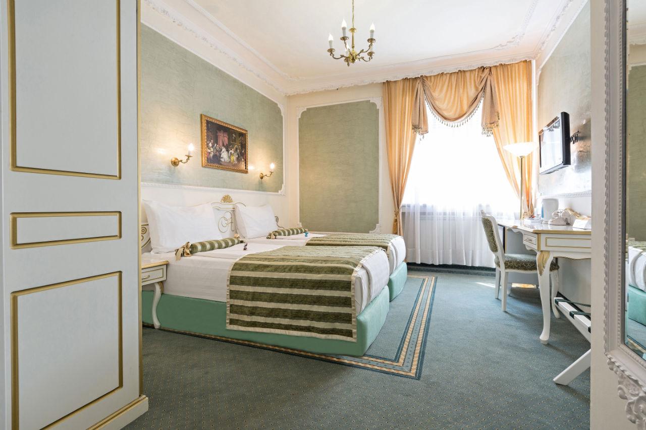 Belgrade hotels group hotels in belgrade belgrade for Design hotel queen astoria